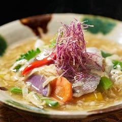 近海魚と季節野菜の湯葉あんかけ