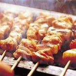 日南鶏ねぎま串 店内手打ち手仕込みで本格的に備長炭で焼き上げます!一本160円~
