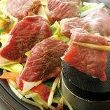 北海道産ラムもも肉使用のジンギスカン鉄板焼き7780円