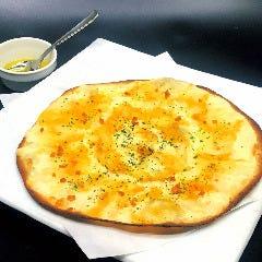 4種のチーズ特選ピザ