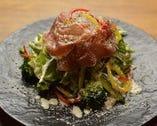 熱々木の子のシーザーサラダ