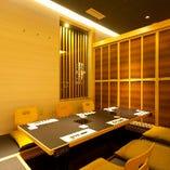 お席は掘りごたつの個室や大小宴会場、またカウンター席も完備◎