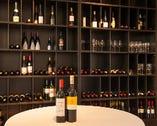 アメリカ産を中心に組んだワインリスト