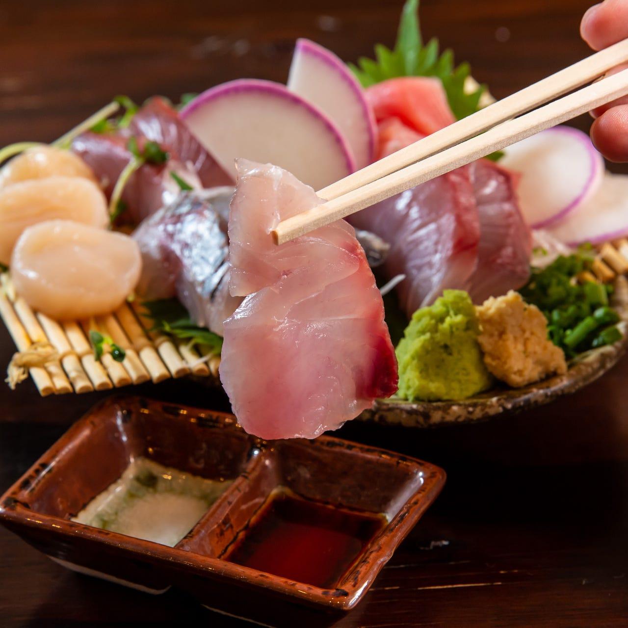 横浜中央卸市場から仕入れる新鮮鮮魚