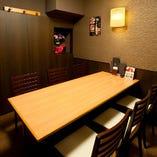 6名様用個室をご用意!各種宴会や接待に最適な落ち着いた完全個室