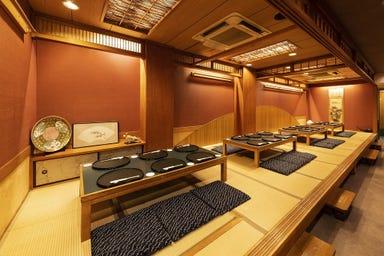 日本料理 あづま 白山総本店 店内の画像