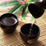 厳選の日本酒を 取り揃えております。