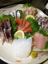 毎朝水揚げされる鮮魚が自慢!!