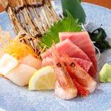 千乃が誇る鮮魚を存分に味わう『刺身の盛り合わせ』が好評!