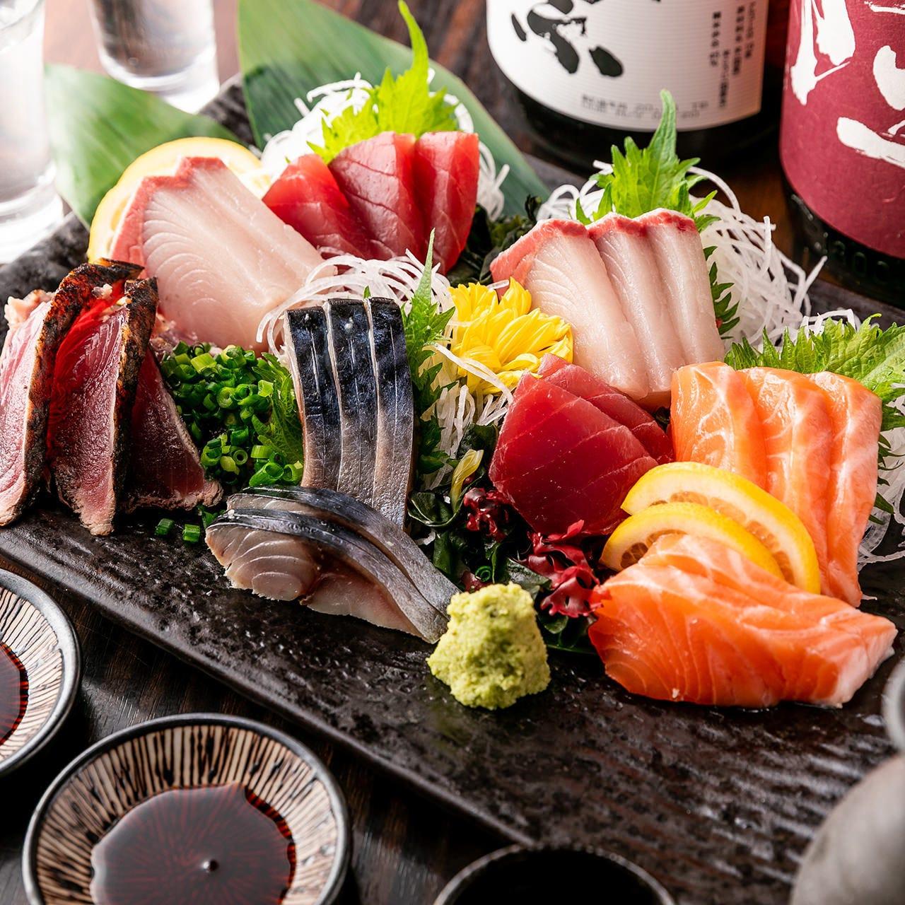 市場直送朝獲れ鮮魚☆こぼれいくら丼