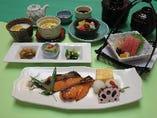 焼魚定食(鮭西京焼き)