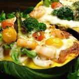 地元のお野菜を使ったものなど様々なお料理をご用意しております
