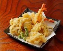揚げたて天ぷらと極上お刺身盛合せ