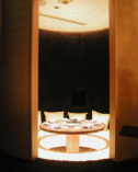 人気のかまくら風個室はB1F。 3階にも他個室がございます。