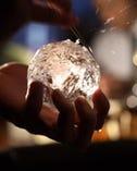 美味しいお酒にするために 氷にもこだわりを持つ。