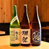芳醇な焼酎や澄み渡る喉越しの日本酒など銘酒を豊富にご用意
