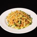 中華クラゲと胡瓜の前菜