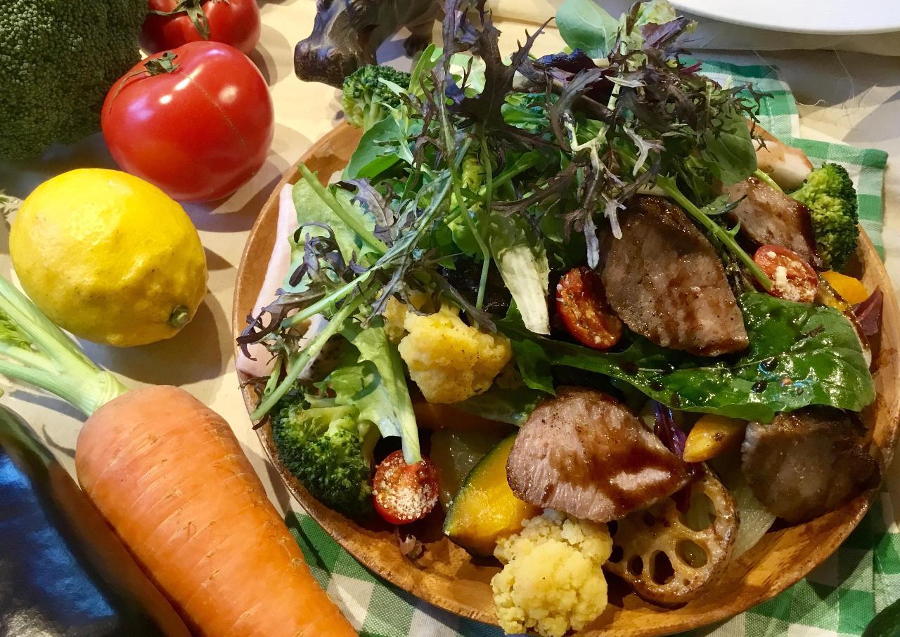 新鮮野菜のサラダビュッフェ