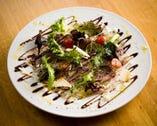 野菜もお肉も美味しく!特製ジャムドリンクやワインなど好みに合わせて選べる飲み放題付コースは3500円~