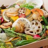 10,000食を突破した大好評サラダBOX