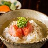 『お茶漬け』は、鮭・明太子・梅・ゴマサバの4種類をご用意