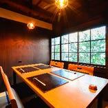 隠れ家完全個室。4名様の個室ですので接待・デート・少人数でのお食事に