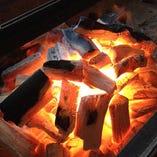 備長炭による網焼きで、大魚や野菜、お肉を丁寧に焼き上げます!