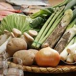 女性に人気の炭火焼野菜は「きゃべつ焼き」「アスパラ焼き」など
