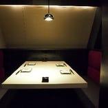 4名 扉付きテーブル個室