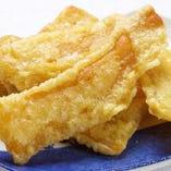 茨城県ひたちなか市でつくられた、「紅はるか干し芋」を使用。