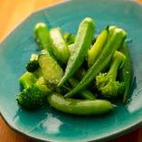 季節野菜のカリッと野菜炒め