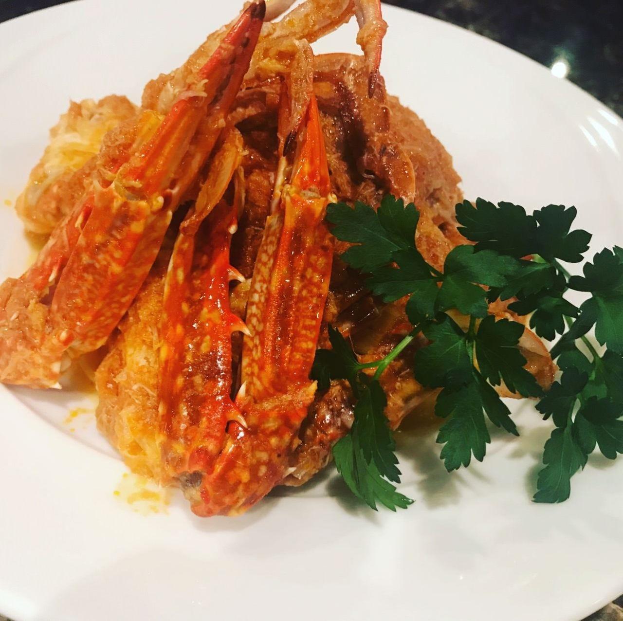 Tagliatelle granchio al pomodoro 渡り蟹のトマトパスタ