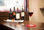 様々なワインを揃えています。ノンアルコール・ソフトドリンク有