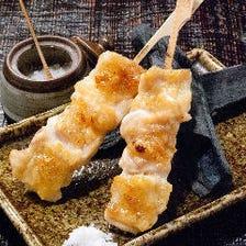 備長炭で焼いたみつせ鶏の串焼き