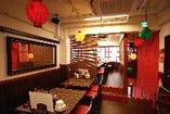 2階は全部で30席 広々した店内でおいしい中華を!