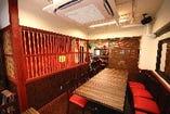 店内は台湾レトロな雰囲気 16名様まで入れる半個室あり