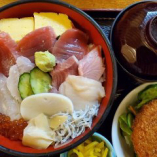 【A】湯浅の海鮮丼+小鉢