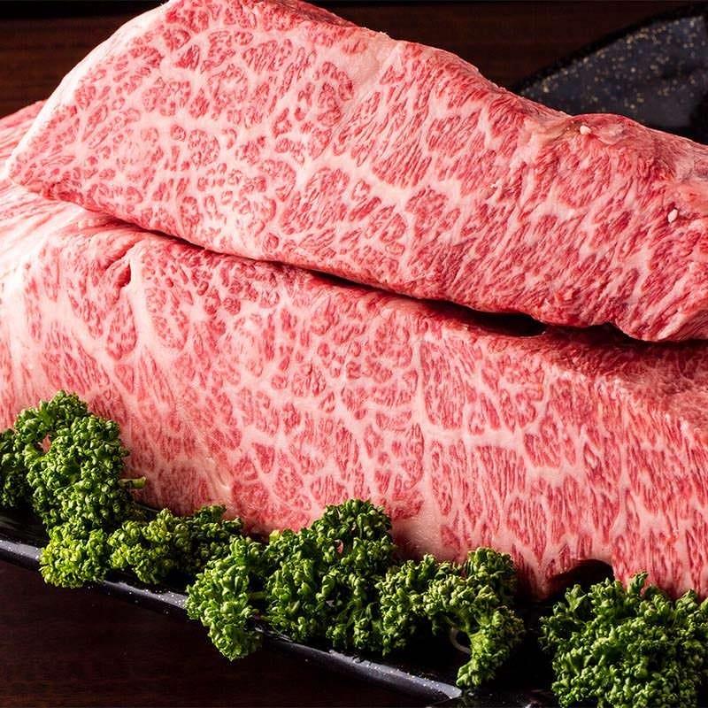 特選黒毛和牛を使ったコース4070円~