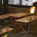 ナチュラルテイストの木製ベンチシート