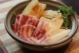 豚肉とキツネのハリハリ鍋