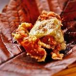 お酒と相性抜群!創作料理にもご注目★贅沢な「渡り蟹の唐揚げ」は一押しです。