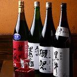獺祭や久保田千寿、鳳凰美田など日本酒もこだわって厳選。