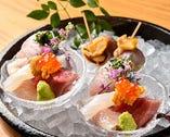 長浜鮮魚市場直送の魚介を味わう「お刺身盛り合わせ」。鮮度と旨味が抜群だ
