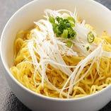「締めのラーメン」は、本場北海道で根強い人気を誇る「菊水」の麺を使用。