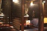 全席換気扇完備の半個室の掘りごたつ席