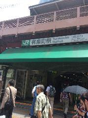 JR山手線・京浜東北線有楽町駅日比谷口を出ます。
