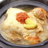 【要予約】 丸鶏薬膳鍋〈サムゲタン〉 (2~3名様分)