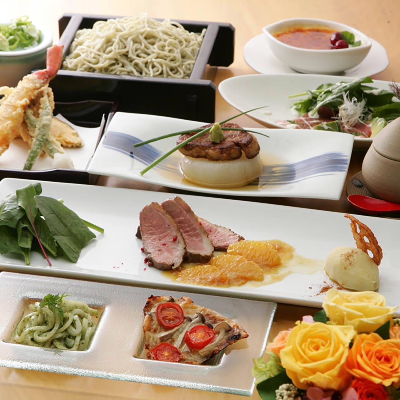お顔合わせコースは旬の食材を使った創作料理をご提供いたします