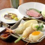 最初のセット♪まずは串揚げ6種に酒菜、生野菜をご提供