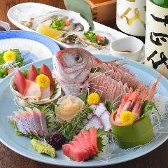 産地直送鮮魚の刺身盛り